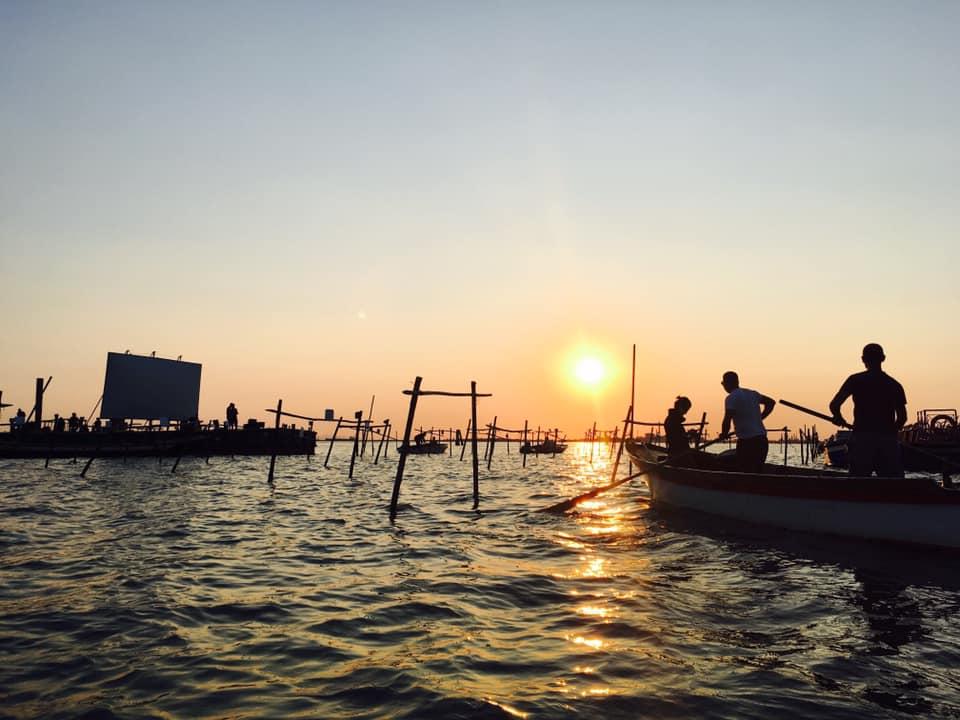 "Red Regatta film included in ""Cinema Galleggiante"",  floating film festival in Venice by Microclima"